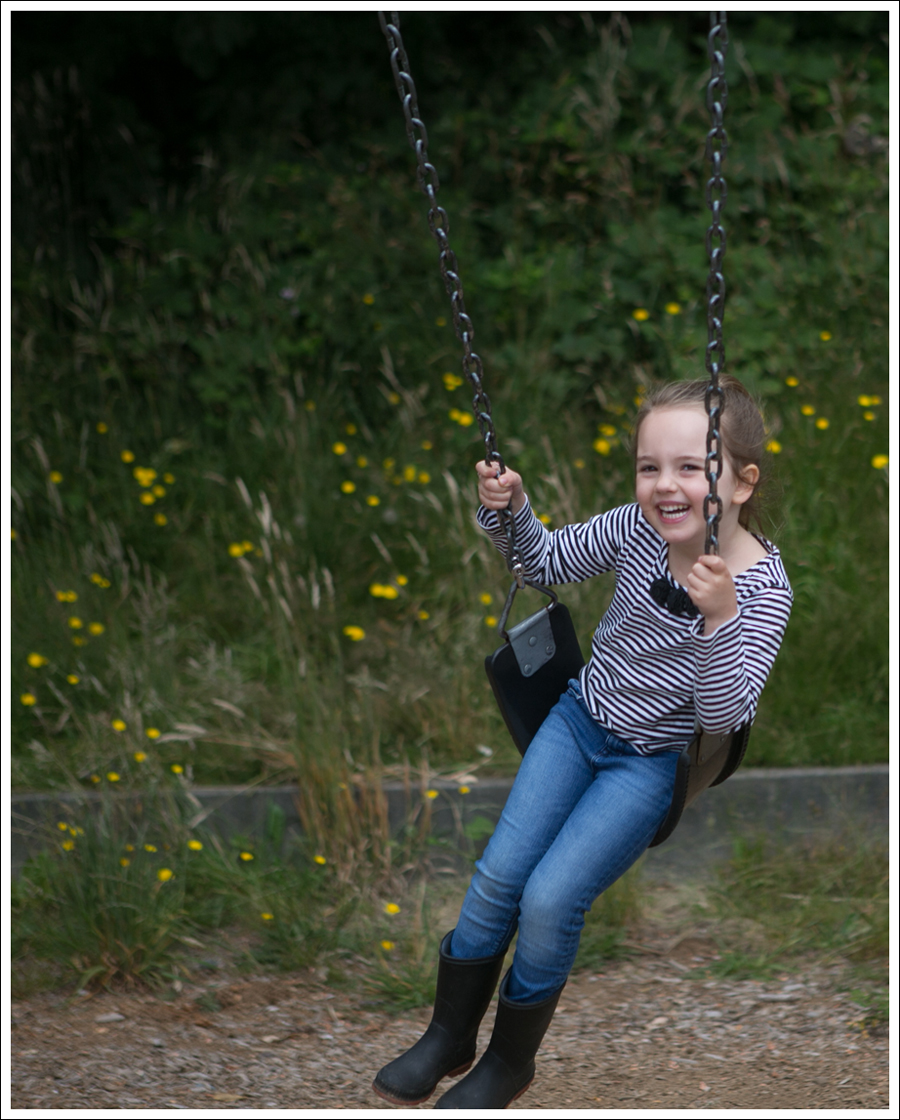 Blog Hanna Andersson Striped Top GapKids Mini Skinny Rain Boots-13