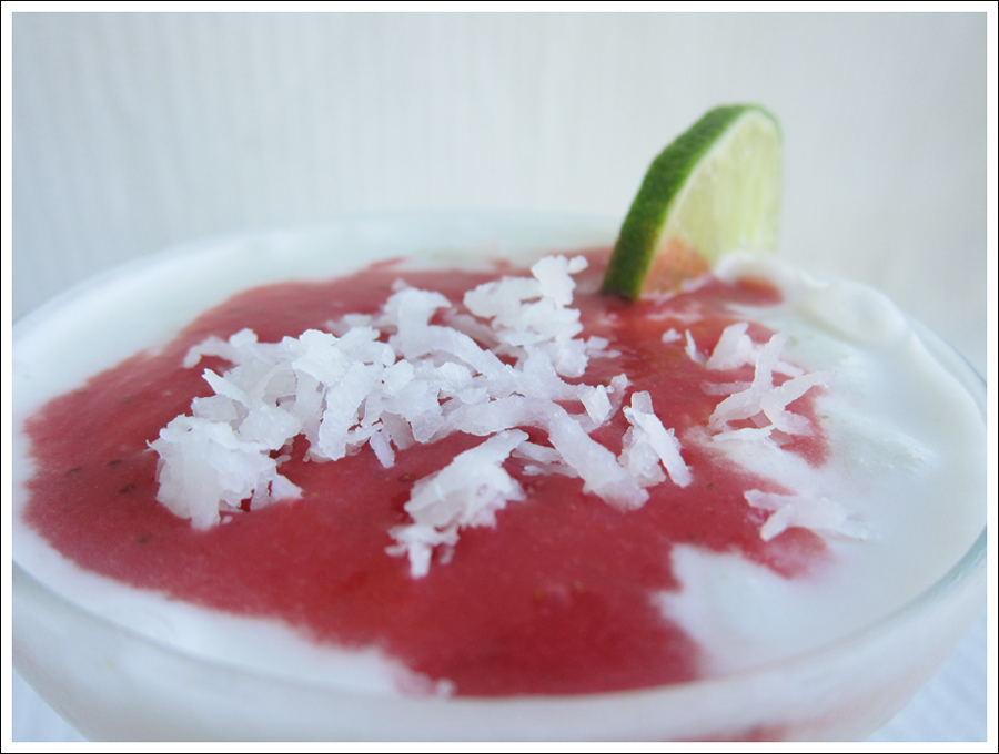 strawberry lime coconut margarita blog (2)