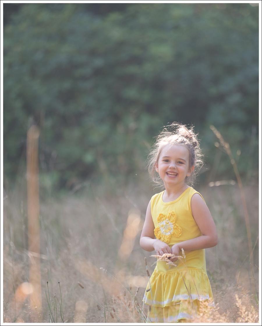 Blog Mignon Yellow Flower Dress White Converse-1