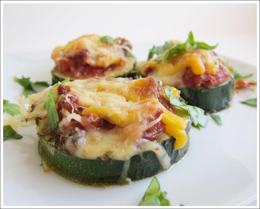 zucchini mini pizzas blog (1)