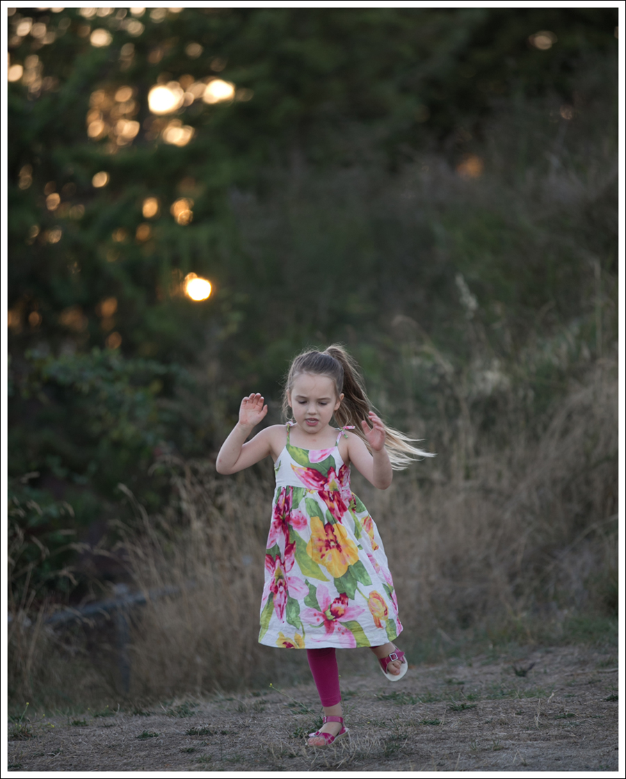 blog-gapkids-floral-dress-pink-saltwater-sandals-1