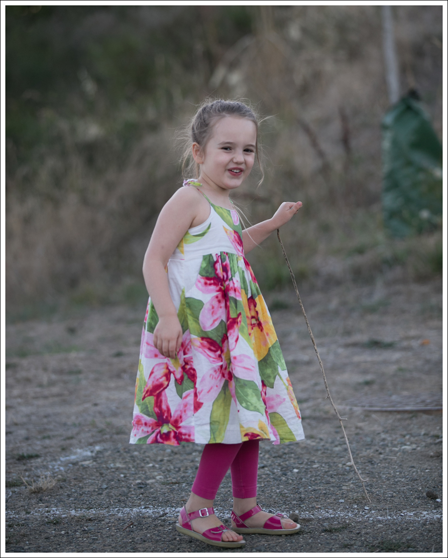 blog-gapkids-floral-dress-pink-saltwater-sandals-5