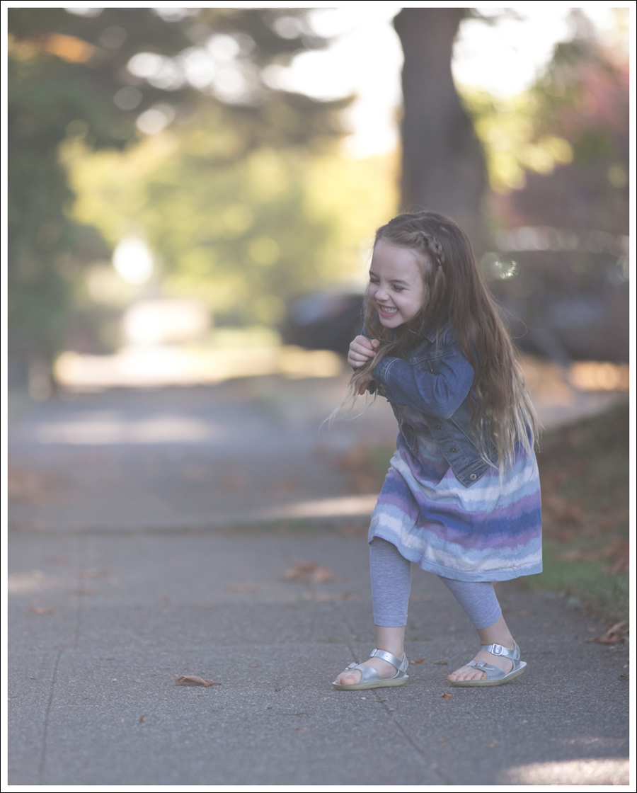 blog-gapkids-jean-jacket-tea-collection-dress-salt-water-sandals-3