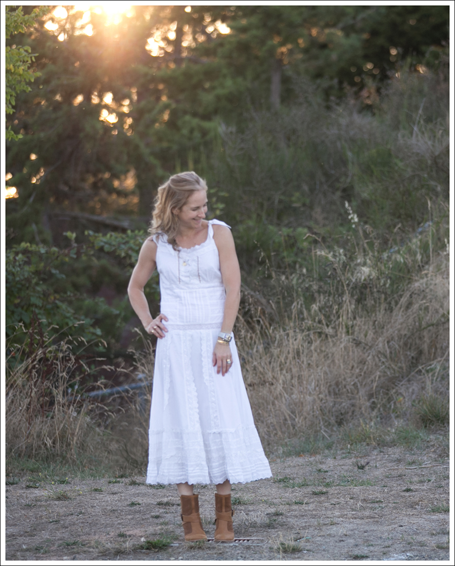 blog-terra-nostra-white-dress-aquatalia-boots-2