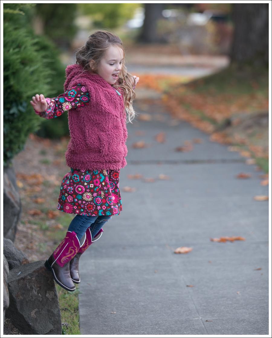 blog-mini-boden-furry-vest-le-top-cute-cookie-dress-old-west-square-toe-cowboy-boots-7