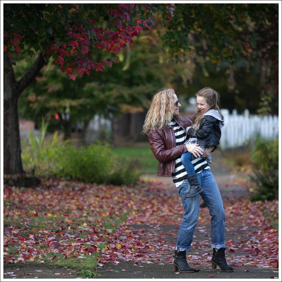 blog-vintage-leather-jacket-striped-sweater-j-brand-boyfriend-clyde-el-naturalista-3