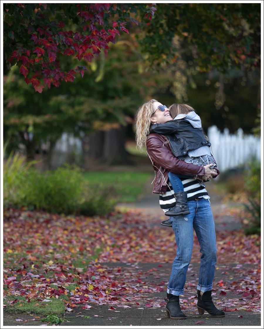 blog-vintage-leather-jacket-striped-sweater-j-brand-boyfriend-clyde-el-naturalista-4