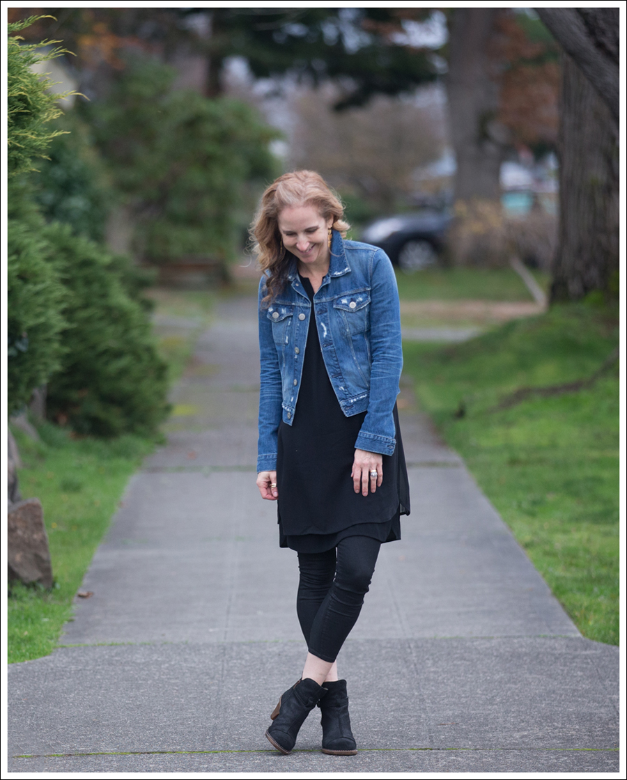 blog-3x1-destroyed-denim-jacket-vince-shirtdress-el-naturalista-booties