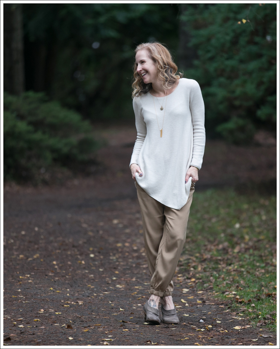 blog-joie-sweater-trina-turk-silk-joggers-tracy-reese-gina-booties-1