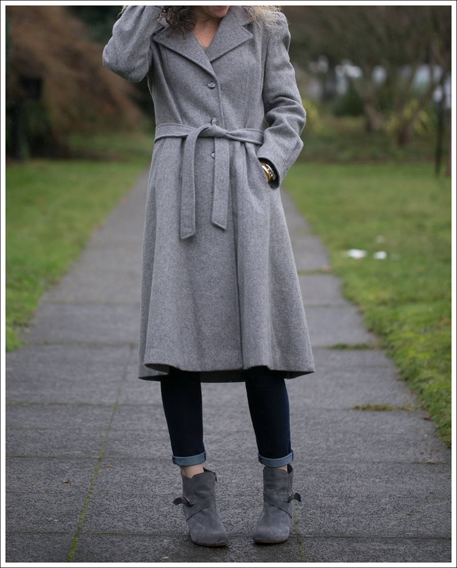 blog-vintage-gray-coat-chelsea-flower-dl1961-lola-kiem-booties-4