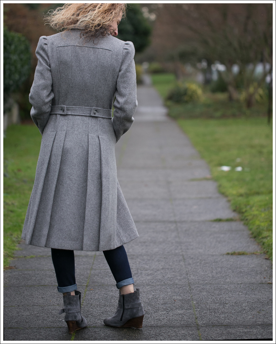 blog-vintage-gray-coat-chelsea-flower-dl1961-lola-kiem-booties-5