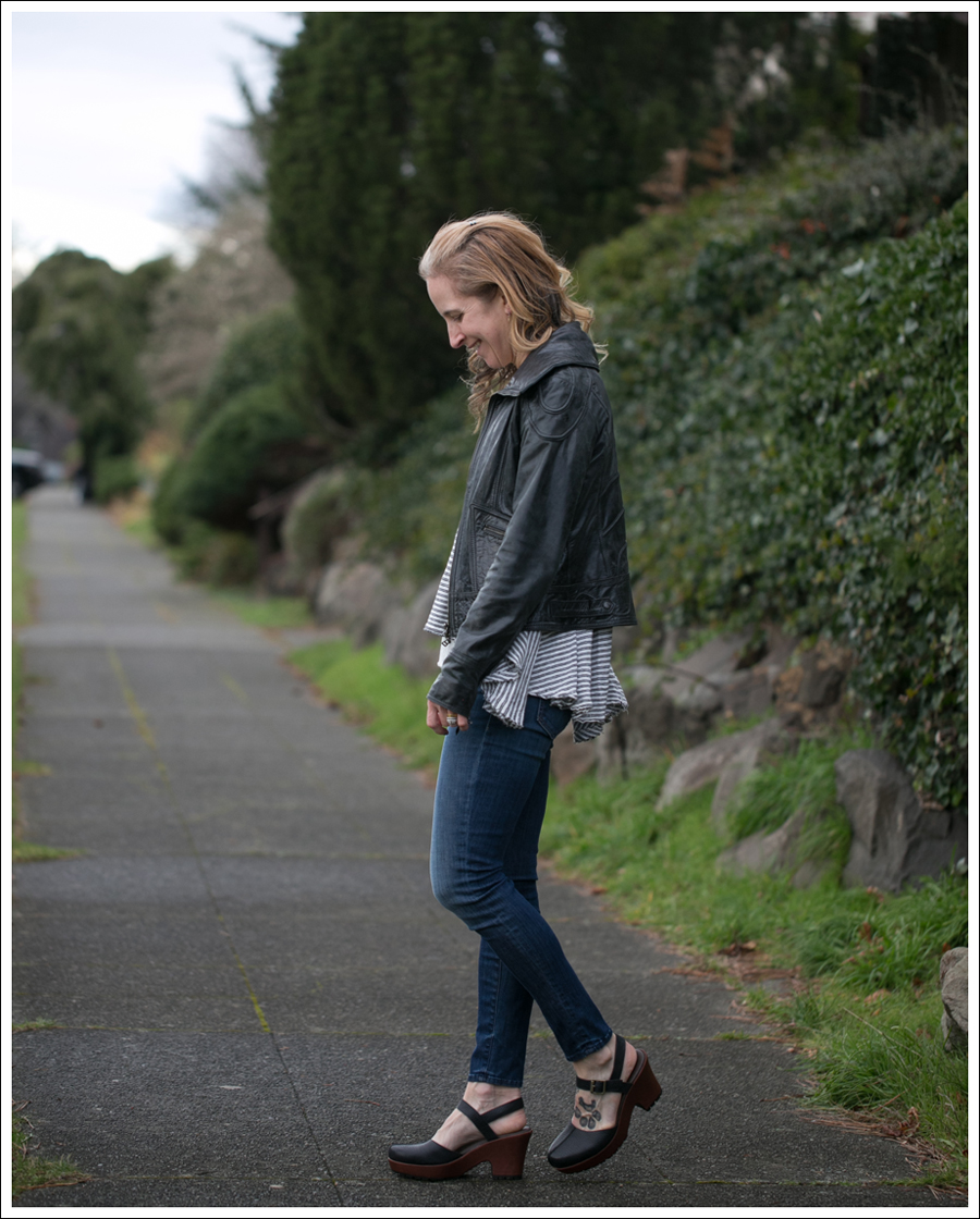 blog-doma-leather-jacket-free-people-mother-looker-kork-ease-portia-clogs-5