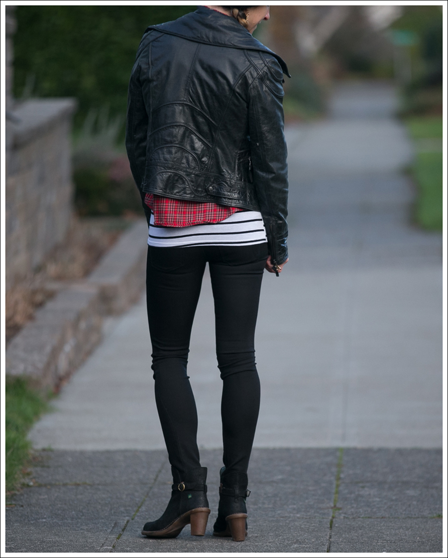 blog-doma-leather-jacket-plaid-stripes-booties-3