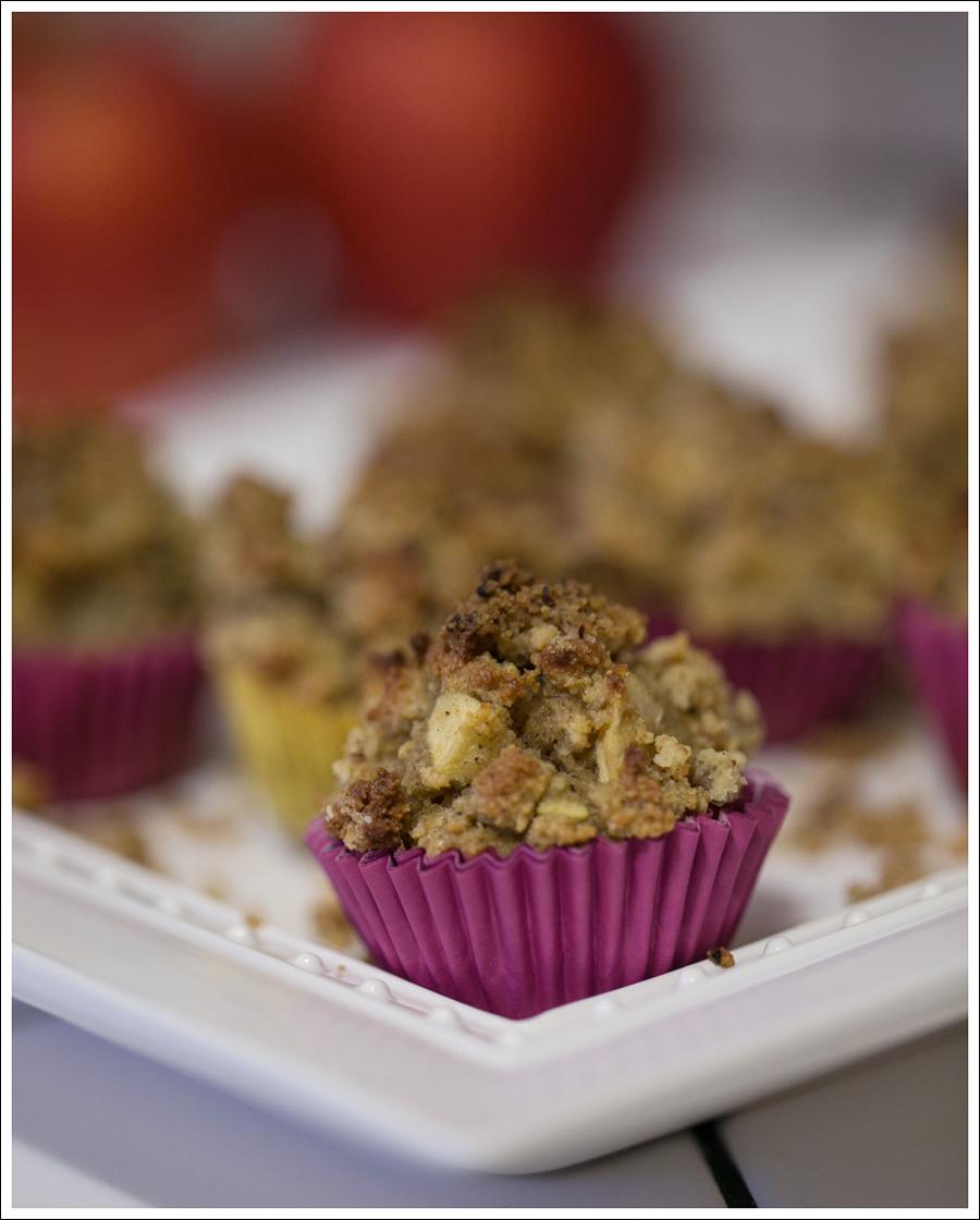 blog-paleo-apple-streusel-gluten-free-muffins-1
