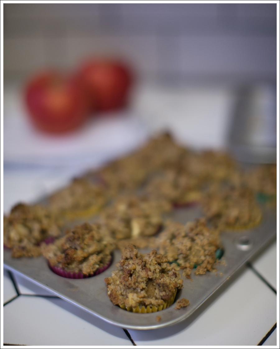 blog-paleo-apple-streusel-gluten-free-muffins-4