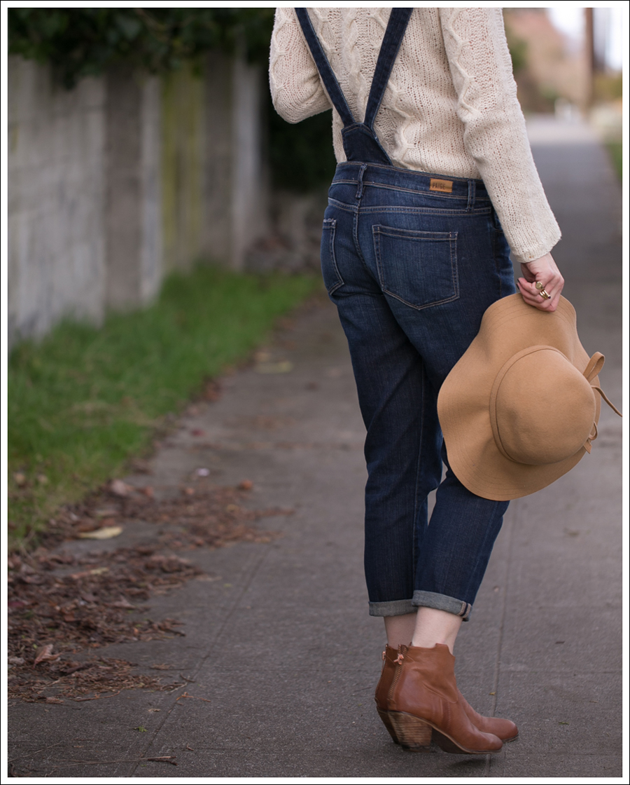 blog-vintage-felt-hat-paige-sierra-overalls-j-crew-sweater-sam-edelman-lisle-booties-5