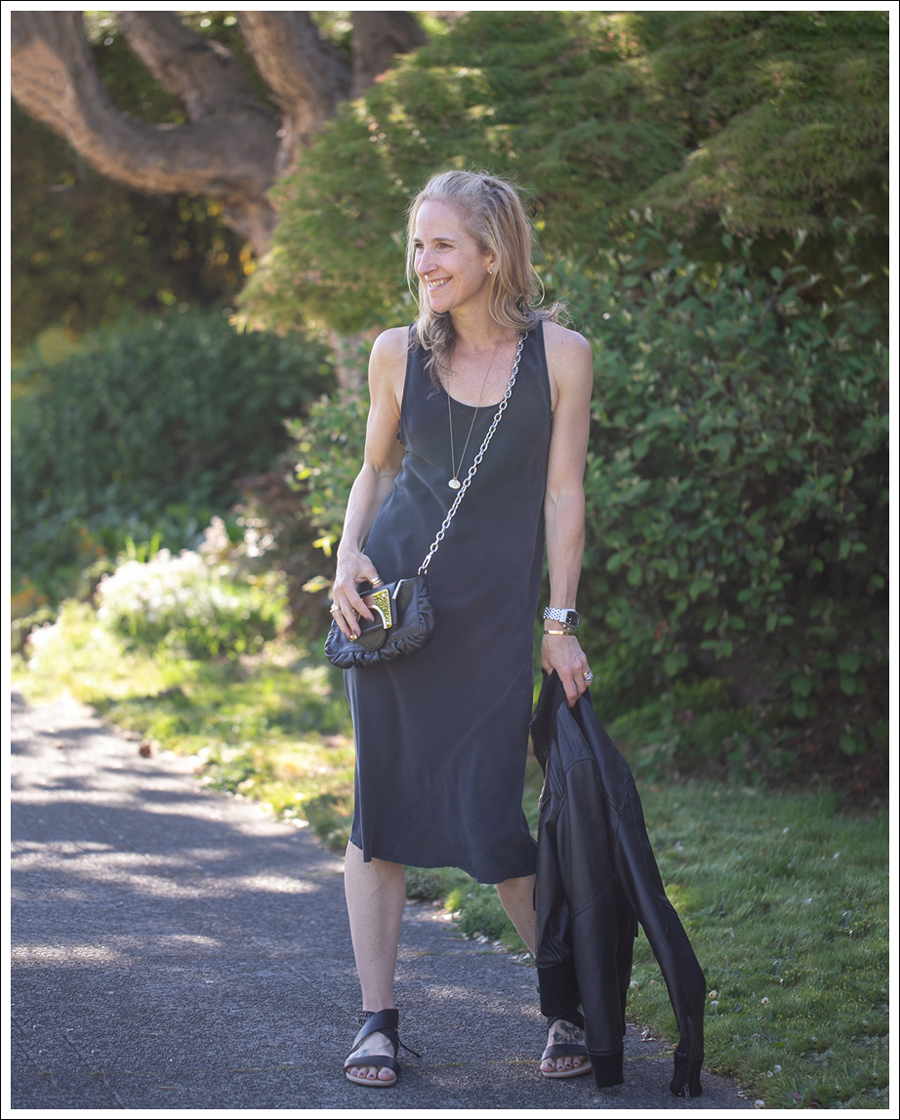 I m all about small cross body bags when I go out. Easy to wear and not at  all cumbersome! 1c73f6cc01e